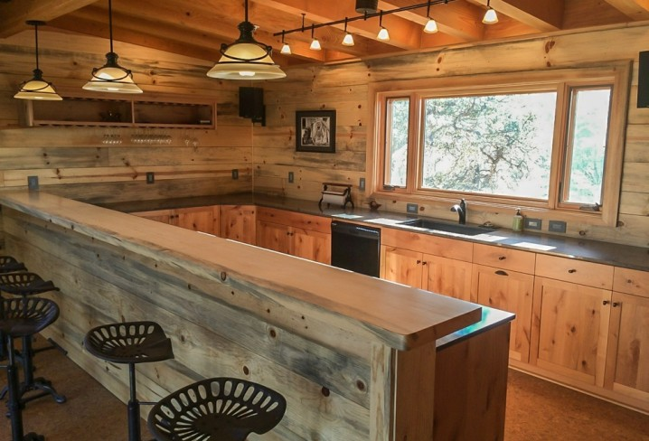 Tasting Room Bar / Kitchen - Lake Don Pedro