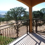 Vinters Retreat Balcony View - Lake Don Pedro